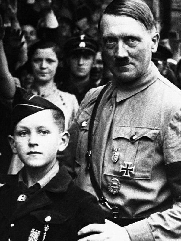 """Meydan okuyoruz: """"Faşizm yenilmeli"""" – Mine Melek"""
