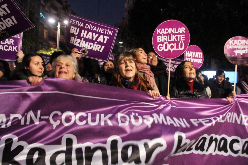 Yeni bir kurucu ilke: Feminist laiklik – Mine Melek