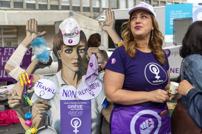 Tarih kadınları haklı çıkardı: İsviçre'de kadınlar otuz yıl sonra yeniden eşitlik için grevde!