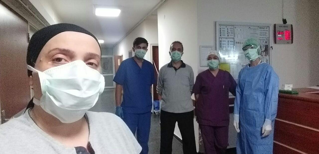 """Taşeron sağlık emekçisi Reyhan: """"Ya hasta olup öleceğiz ya da yaşamak için sesimizi çıkaracağız!"""""""
