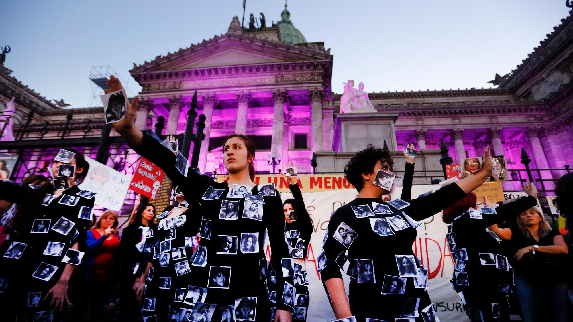 Pandemi öncesi 4. dalga feminist hareket – Çağla Akdere