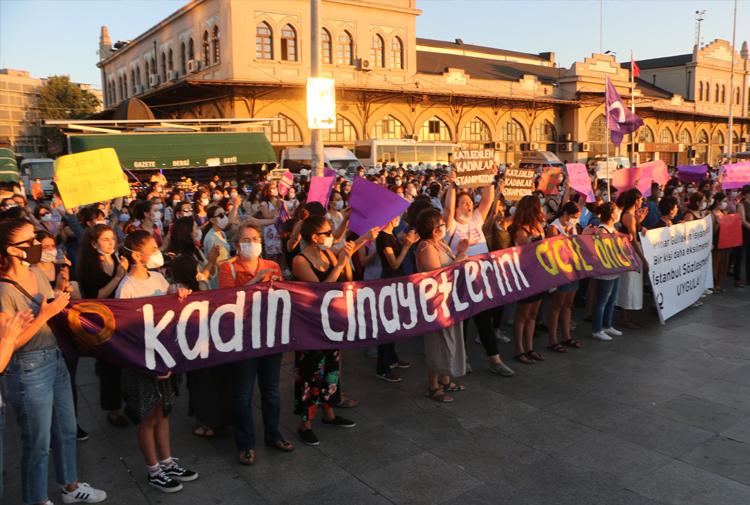 Kadınlar sokakta: İstanbul Sözleşmesi'ni uygula, cinayeti engelle!