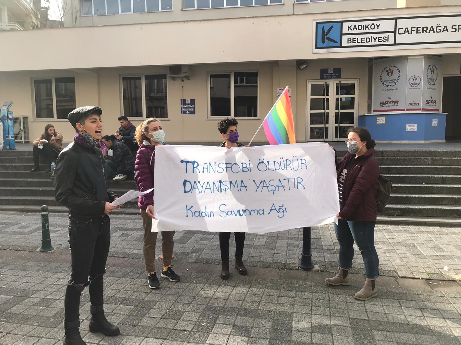 Transfobiye karşı hayatlarımızı savunacağız!